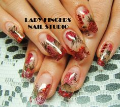 #nails #nailart #naildesign #trendynails #nailideas #springnails #spring #watercolour #red #glitter #nailporn #gelpolish #gelmanicure #manicure #sculptedgelnails #roses #bling