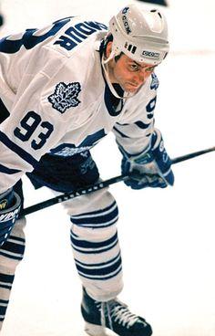 LE seul joueur des Leafs que je peux aimer. Hockey Tournaments, Ice Hockey Teams, Hockey Stuff, Toronto Maple Leafs Wallpaper, Hockey Live, Air Canada Centre, Maple Leafs Hockey, Hockey World, Nhl Games