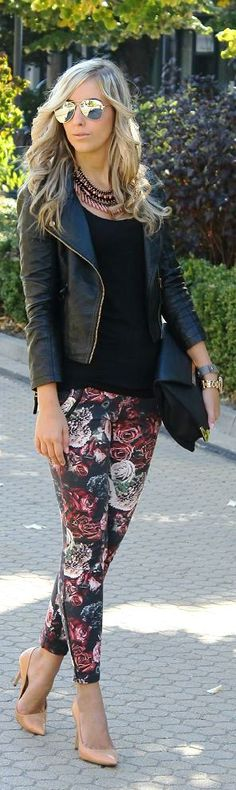 Love this outfit!  Floral skinny jeans with nude heels...women's spring street style fashion