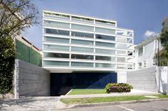 Corporativo Endomédica / Vicente Alonso Ibarra – PRAXIS Arquitectura