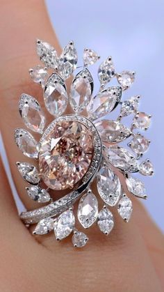Diamond Rings, Diamond Jewelry, Candle Rings, Magic Ring, Fine Jewelry, Jewellery, Colored Diamonds, Vintage Jewelry, Brooch