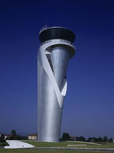 Sondica Airport Control Tower - Santiago Calatrava