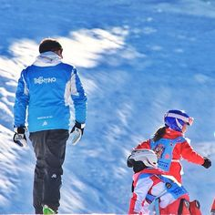 "@Anton Sessa's photo: ""Piccoli sciatori crescono #valdifassa #fassaski #fassaski14 #dolomiti #scuoladisci #vajolet #pozzadifassa"" @Val di Fassa Seguite @Anton Sessa su Instagram e Twitter, foto favolose!!"