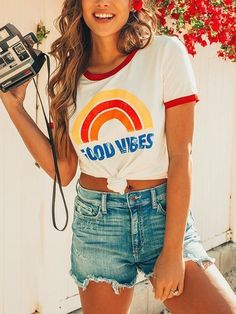 fechicincom rainbow letter tshirt surfer vibes fine good girl â Fine Vibes Rainbow Letter Tshirt â Good Vibes Rainbow Letter Tshirt â You can find Surfer girl style and more on our website Preppy Outfits, Summer Outfits, Cute Outfits, Surfergirl Style, Fitness Motivation, Tank Top Shirt, T Shirt, Surfer Style, Look Girl