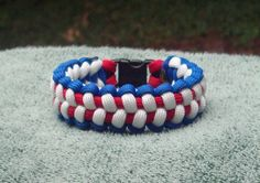 Hey, I found this really awesome Etsy listing at https://www.etsy.com/listing/105780966/red-white-and-blue-paracord-bracelet