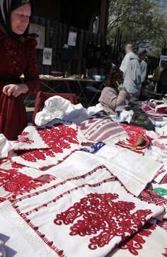 Embroidery stall @ Petofi Csarnok Sunday Market in Varosliget- City Park Picnic Blanket, Outdoor Blanket, Hungarian Embroidery, Park City, Needle And Thread, Hungary, Embroidery Patterns, Hand Sewing, Folk