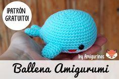 SCHEMA AMIGURUMI GRATUITO: Balena azzurra (Español debajo / Italiano sotto) Hello again! I hope you are having a terrific summer! I'm currently enjoying London and tomorrow I will be attending the wedding of one of my bests friends i… Crochet Whale, Love Crochet, Crochet Baby, Crotchet, Knit Crochet, Crochet Patterns Amigurumi, Amigurumi Doll, Knitting Patterns, Amigurumi Free