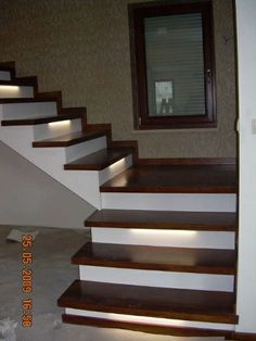 Stairs Tiles Design, Staircase Interior Design, Stair Railing Design, Home Stairs Design, Stairs Architecture, Bungalow House Design, House Front Design, Modern House Design, Door Design