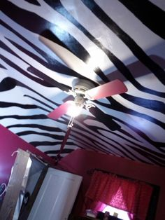 Zebra and hot pink teenage girl room, hand painted zebra stripe ceiling and hot pink glitter walls! I completely changed this entire room fo...