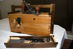 Vintage Tools, Workshop Ideas, Class Projects, Cabinet Makers, Tool Storage, Toolbox, Hand Tools, Totes, Woodworking