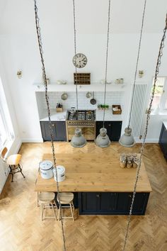 nowoczesna-STODOŁA_srts-and-crafts-kitchen_deVOL-kitchens_17