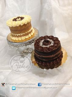 Naked Cakes, Vanilla and Chocolate