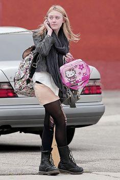 Dakota Fanning with Hello Kitty bag.