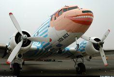 Douglas DC-3... aircraft picture