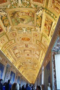 Vatican Museum - Hall of Maps - Rome, Italy Beautiful Architecture, Art And Architecture, Architecture Details, Piazza Navona, Ceiling Art, Ceiling Design, Vatican Rome, Exposed Concrete, Sistine Chapel