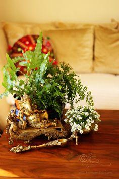 Indian Interior Design, Modern Interior, Diy Diwali Decorations, Indian Interiors, Flower Rangoli, Ethnic Decor, Colourful Living Room, Asian Home Decor, Indian Homes