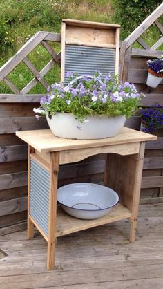 WashBoard recycle/upcycle into small table