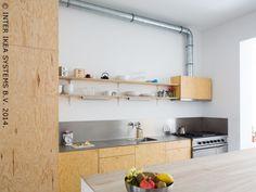 Binnenkijken bij Nicolas en Catherine in Antwerpen - IKEA FAMILY: dampakap pijp stoort niet eens