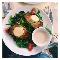 goat cheese salad / berlin