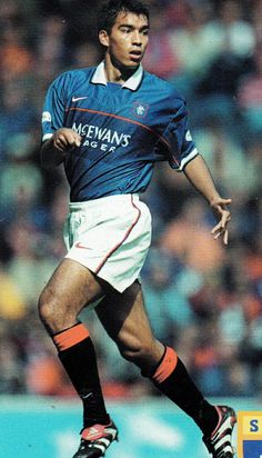 Giovanni van Bronckhorst of Rangers in Football Awards, Football Pictures, Football Stadiums, Rangers Football, Rangers Fc, Soccer Teams, Football Soccer, Club World Cup
