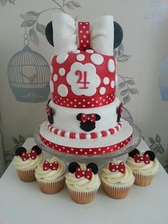 Minnie mouse cake  cupcakes love this but as a Mickey version  Toni this one is adroable