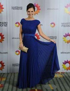 Amalia Granata deslumbró con un vestido plisado color azul de Facundo Wendler. Wedding Planning, Formal Dresses, Long Dresses, Casual, Skirts, How To Wear, Outfits, Clothes, Beauty