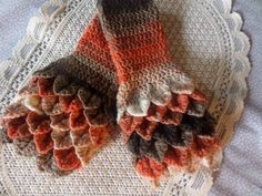 Your place to buy and sell all things handmade Crochet Mittens, Hand Crochet, Crocodile Stitch, Fingerless Gloves, Winter, Trending Outfits, Unique Jewelry, Handmade Gifts, Autumn
