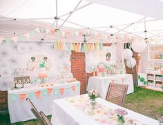 Vintage Peach & Mint Circus Birthday Party - Inspired By This Vintage Circus Party, Circus Theme Party, Circus Birthday, Party Themes, Party Ideas, Girl Birthday, Peach Baby Shower, Cheap Baby Shower, Baby Shower Parties