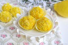 Tartufini mimosa, scopri la ricetta: http://www.misya.info/ricetta/tartufini-mimosa.htm