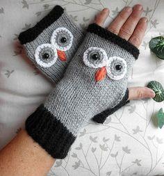 Chouette Mitaines Hiboux noires grises tricot crochet : Mitaines, gants par chez-kakine