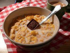 Bei Catta gab es Cornflakes mit Schokolade zum Frühstück.
