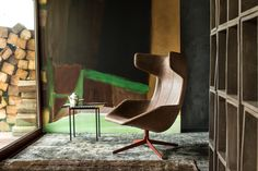 For Sale on - Moroso Take A Line For A Walk lounge chair in Quickship by Alfredo Haberli with removable quilt and swivel base. Upholstered Swivel Chairs, Eames Chairs, Lounge Chairs, Dining Chairs, Contemporary Furniture, Cool Furniture, Furniture Design, Lounge Chair Design, Sofa Design