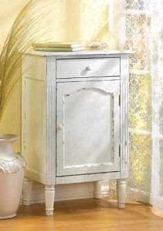 How to paint furniture: Distressed, vintage ... so easy.