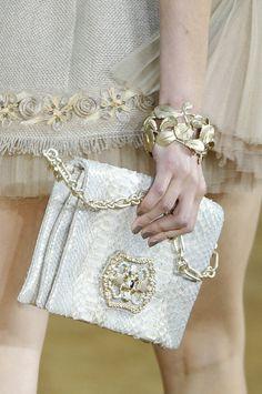 Chanel Spring 2010 - Details