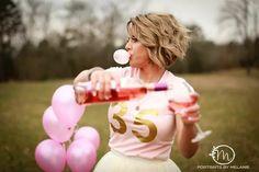 Happy birthday to me!! Adult cake smash photo session. #portraitsbymelanie #my35th #adultcakesmash