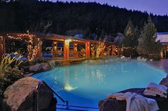 Harrison Hot Springs Resort & Spa - BC, Canada - would be a fun couples or girls getaway! Cool Places To Visit, Places To Travel, Springs Resort And Spa, Vacation Memories, Girls Getaway, Spring Resort, Romantic Places, Wedding 2015, Spas