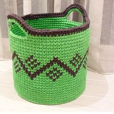 Crochet Circle Pattern, Crochet Basket Pattern, Knit Basket, Crochet Circles, Basket Weaving, Crochet Bowl, Knit Crochet, Granny Square Projects, Totes