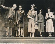 Elizabeth Ii Young, Princess Elizabeth, Queen Elizabeth Ii, Elizabeth Taylor, Queen Mother, Queen Mary, Deerstalker Hat, Kilt Accessories, Duchess Of York