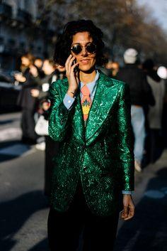 Street Style París Fashion Week Otoño Invierno 2016 | Galería de fotos 3 de 168 | VOGUE