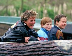 Diana, William and Harry on the log ride at Thorpe Park in 1993 (UK Press via Getty Images) My favorite photo - so down to earth