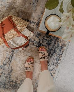 Chloe Sandals, Chloe Fashion, Fashion Shoes, Flat Sandals Outfit, Everything Designer, Aesthetic Shoes, Flatlay Styling, Dream Shoes, Summer Time