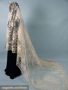 Lace & Tulle Wedding Veil, 19th C., Augusta Auctions, April 2006 Vintage Clothing & Textile Auction, Lot 693