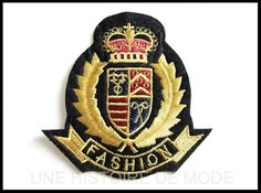 Etsy - Shop for handmade, vintage, custom, and unique gifts for everyone Embroidery Patches, Crests, Polo T Shirts, Diy Clothing, Porsche Logo, Creations, Textiles, Mens Fashion, Logos