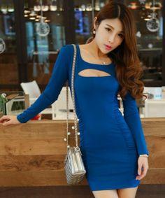 EC05065 Low-cut show chest round neck dress for women