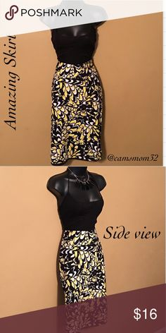 Cute Cato skirt New condition, size 10, bundle and save more! Length measures 25 inches Cato Skirts Midi
