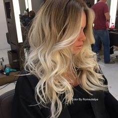 Volume finish: Hairdryer, round brush curling iron Root lift spray, volume lotion mid length and ends, finish with strong hold spray