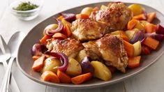 Slow-Cooker Balsamic Honey-Glazed Chicken and Vegetables Elegant goes easy in this complete slow-cooker meal. Browned chicken thighs, potatoes, carrots and red onions are cooked with balsamic vinegar and honey until tender, luscious and sure to impress. Slow Cooker Huhn, Crock Pot Slow Cooker, Slow Cooker Chicken, Slow Cooker Recipes, Cooking Recipes, Top Recipes, Crockpot Meals, Easy Recipes, Recipies