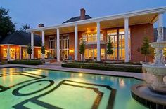 Palatial estate with excellent outdoor entertaining. Margaritas anyone? Willow Bend - Plano Homes & Land