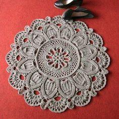 Doily Crochet rug carpet - Graphic + Video