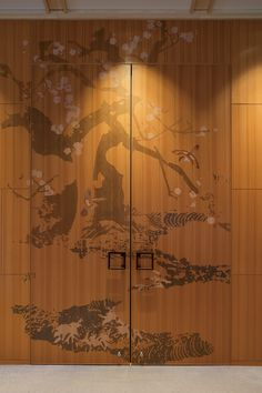 This Nambu-tetsu handle commands attention even when fixed to a massive door.